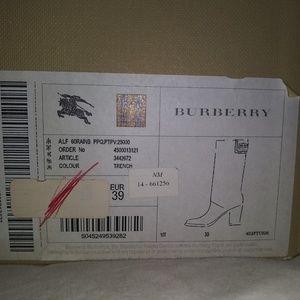 Burberry Shoes - BURBEREY BEIGE SIZE 8 BRAND NEW RAINBOOTS